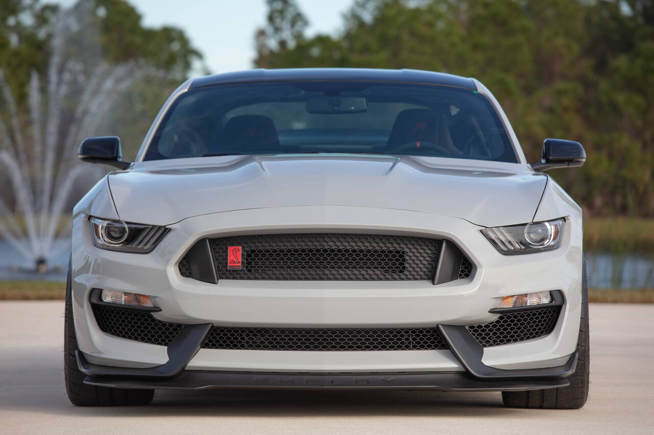 Red Line Tires >> 2015 Ford Shelby Mustang GT350R