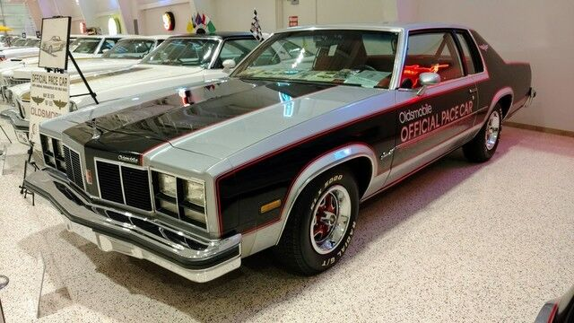 1977 Oldsmobile Delta 88 Indy Pace Car
