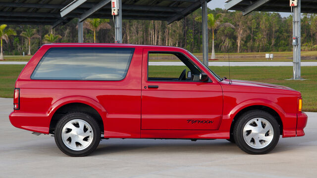 1993 GMC Typhoon SUV